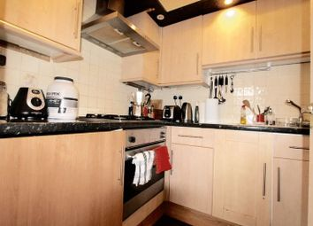 Thumbnail 1 bed flat to rent in Cephas Avenue, London