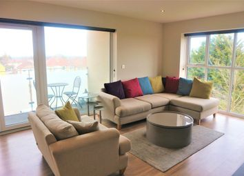 Thumbnail Flat for sale in Kingswood Place, Hayes