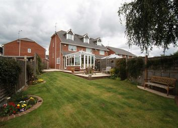 Thumbnail 3 bed town house to rent in Clementine Way, Hemel Hempstead