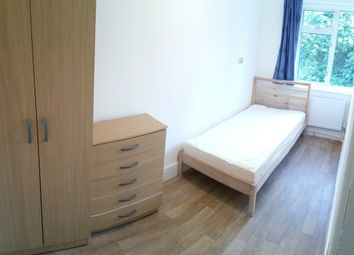 Thumbnail Room to rent in Dunholme Rd, London