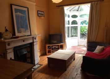 Thumbnail 4 bed shared accommodation to rent in Harehills Avenue, Leeds