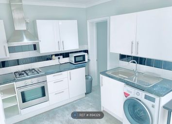 Thumbnail 1 bed flat to rent in Henry Street, Reading