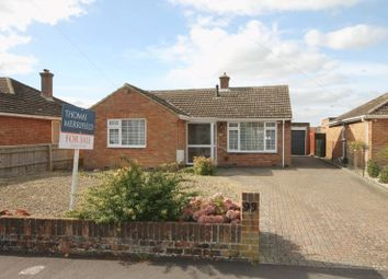 Thumbnail 2 bedroom detached bungalow for sale in Cromwell Way, Kidlington