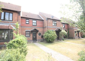 2 bed terraced house to rent in Baron Road, Hamble, Southampton SO31