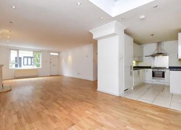 Thumbnail 4 bed town house for sale in Queens Mews W2,