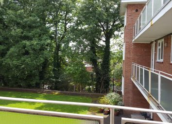 Thumbnail 2 bed flat to rent in Winlaton Road, Bromley, Bromley