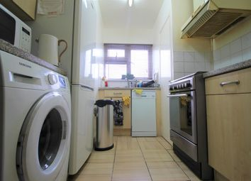2 bed maisonette to rent in Lynmouth Road, London E17
