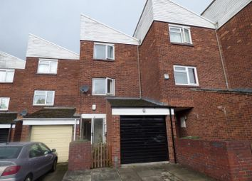 Thumbnail 3 bed property for sale in Huntington Close, Redditch