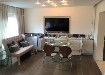 Thumbnail 3 bed flat to rent in Kingsbury Road, London