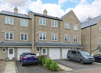 Thumbnail 4 bed town house to rent in Low Beck, Ilkley
