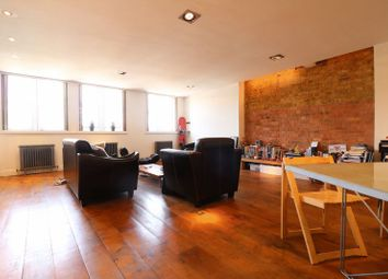 Thumbnail 1 bed flat to rent in Kingsland Road, London