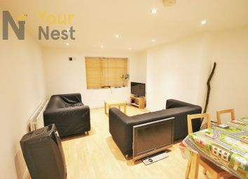 Thumbnail 4 bed flat to rent in Estcourt Avenue, Headingley
