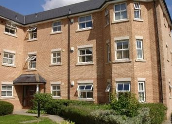 2 bed flat to rent in Regency Square, Cambridge CB1