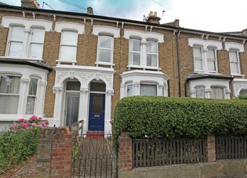 Thumbnail 1 bed flat to rent in Leyspring Road, Bushwood