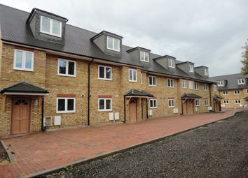 Thumbnail 5 bed town house to rent in Kavan Gardens, Hounslow