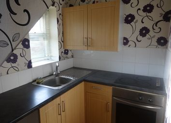 Thumbnail 1 bed flat to rent in Oxford St, Batley