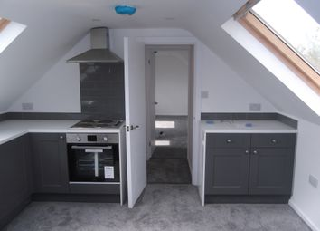 Thumbnail 1 bed flat to rent in Manor Parade, Hatfield