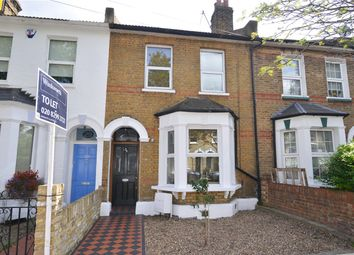 3 bed property to rent in St Francis Road, East Dulwich, London SE22