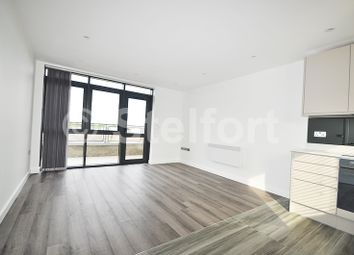 Thumbnail 2 bed flat to rent in Sussex Way, Islington, Holloway, London