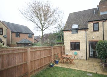 Thumbnail 2 bed end terrace house for sale in Foxdown Close, Kidlington