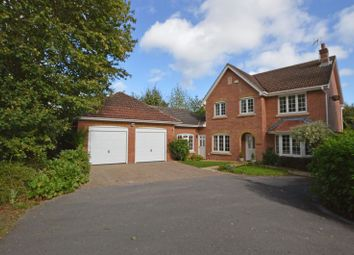 Thumbnail 5 bed detached house for sale in Shipley Close, Alton, Hampshire