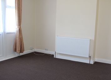 Thumbnail 3 bed bungalow to rent in Strafford Avenue, Ilford