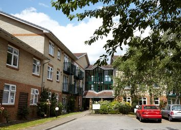 Thumbnail 2 bed flat for sale in Friern Barnet Lane, London