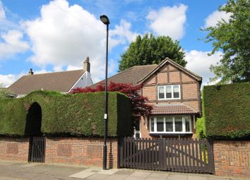 Thumbnail 4 bed detached house for sale in Queen Annes Grove, Enfield