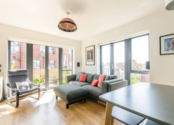 Thumbnail 2 bedroom flat for sale in Leverton Close, Wood Green