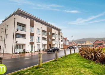 Marina Walk, Rowhedge, Colchester CO5. 2 bed flat for sale