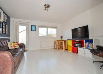 Thumbnail 2 bedroom flat to rent in Ruskin Way, London