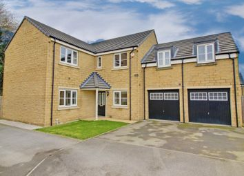 Thumbnail 5 bed detached house for sale in Kitchen Gardens, Selby