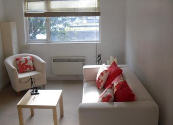 Thumbnail Flat to rent in Seymour Road, Slough