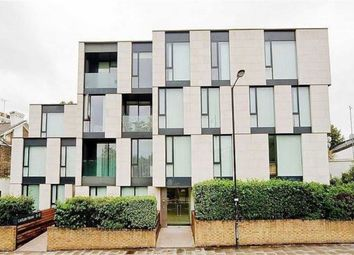 Thumbnail 3 bed flat to rent in Oval Road, Regents Park, London