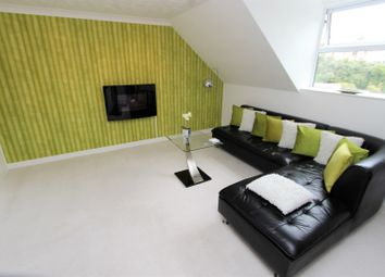 Thumbnail 2 bed flat for sale in Cleve Terrace, Torquay
