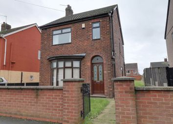 Thumbnail 3 bed detached house to rent in Warwick Road, Scunthorpe