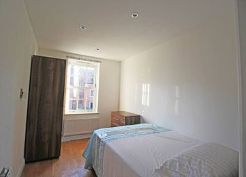 Thumbnail 2 bed shared accommodation to rent in Greenkeepers Road, Bedford