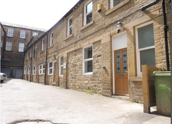 2 bed flat to rent in Westgate, Huddersfield HD1