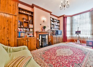Thumbnail 2 bed flat for sale in Queen Anne Avenue, Bromley