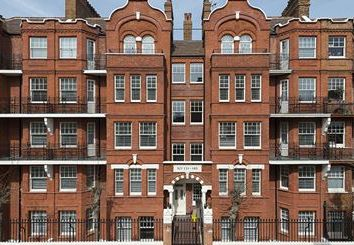 Thumbnail 3 bed flat to rent in Hamlet Court, Hamlet Gardens, London