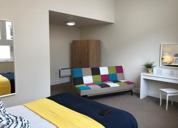 1 bed flat to rent in Causewayside, Newington, Edinburgh EH9