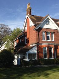 Thumbnail 3 bed flat to rent in The Avenue, Petersfield