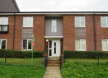 Thumbnail 2 bed flat for sale in Gilroy Road, Hemel Hempstead