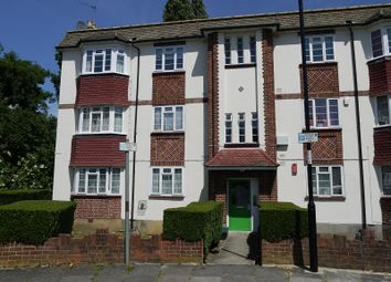 Thumbnail 2 bed flat to rent in Amblecote Close, Lee