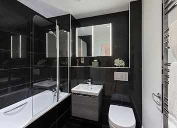Thumbnail 3 bedroom flat for sale in South End, Croydon, London