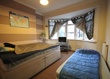 Thumbnail 1 bed flat for sale in River Gardens, Feltham