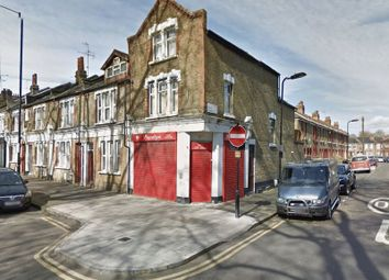 Thumbnail 4 bed maisonette to rent in Shacklewell Lane, London