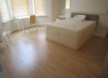 Thumbnail 5 bedroom shared accommodation to rent in Sea View Avenue, Lipson, Plymouth