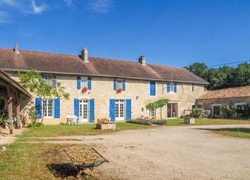 Thumbnail 6 bed equestrian property for sale in Chaunay, Vienne, France