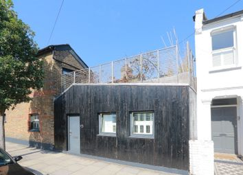 1 bed maisonette for sale in Alfearn Road, London E5